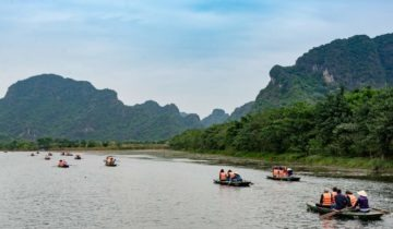 7 top bays in Vietnam